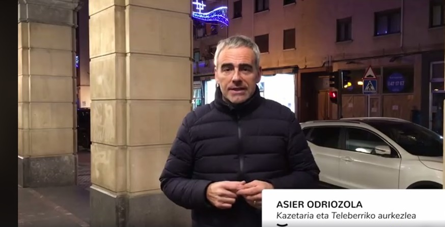 Asier Odriozola apoyando a Singular Dendak
